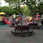 ソウルの公園は夕方以降大賑わい
